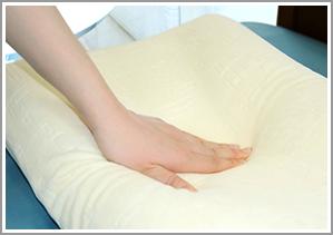 高反発ウレタン枕使用イメージ2